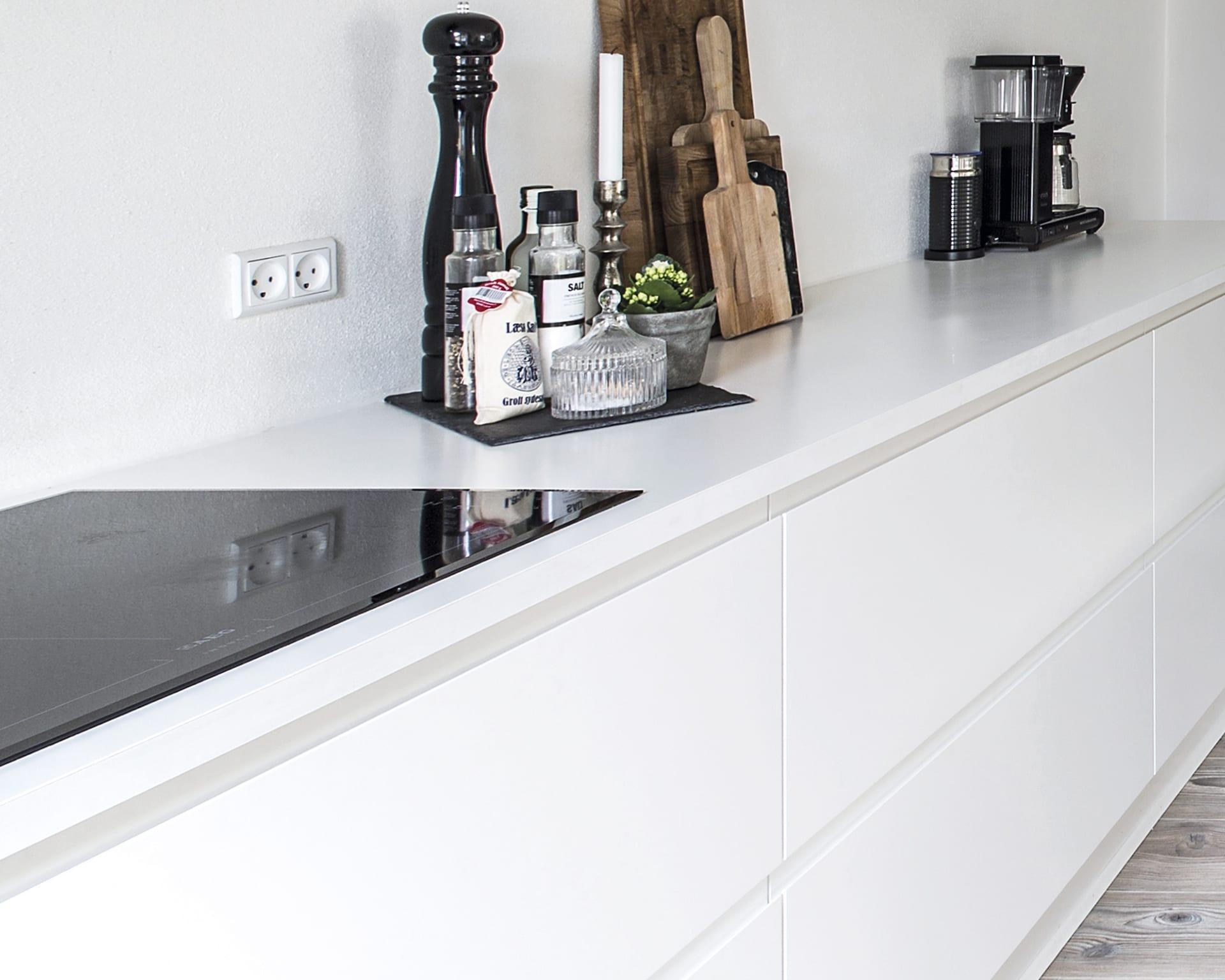 Kokkenbordplader I Hvid Find Dem Pa Aubo Dk Lige Her