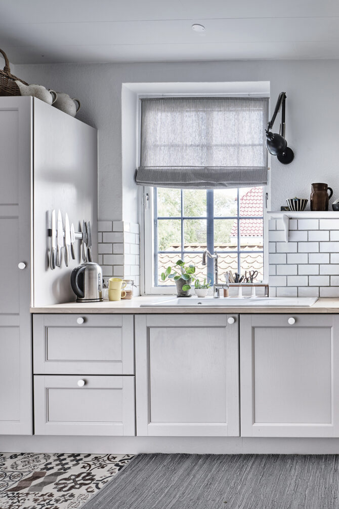 aubo skagerak køkken i grå