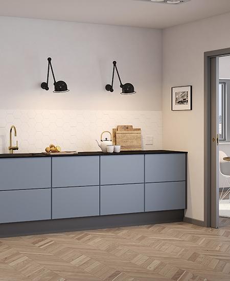 aubo napoli køkken i blå med sort bordplade