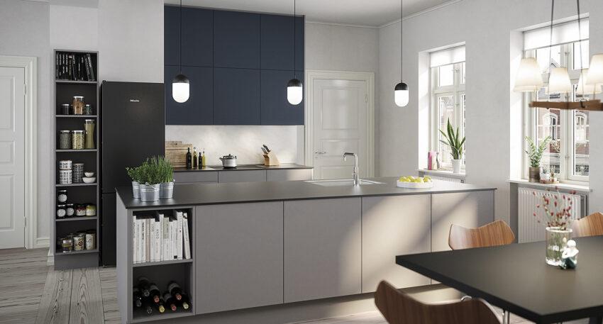 aubo unik køkken i lys grå med blå overskabe og sort bordplade