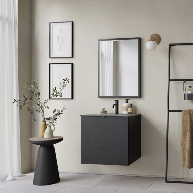 aubo black oak badeværelse i sort